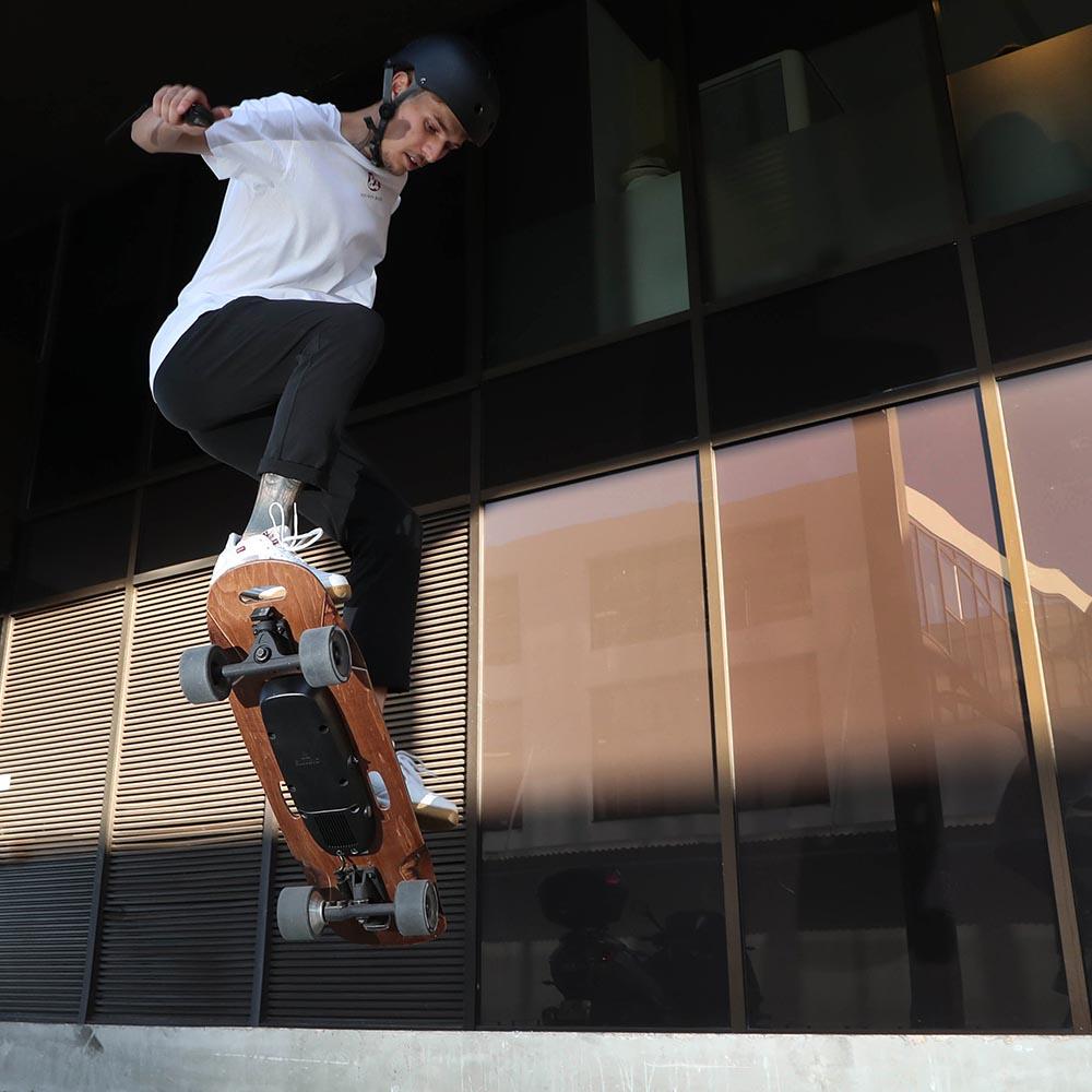 skateboard electrique nimbus freestyle